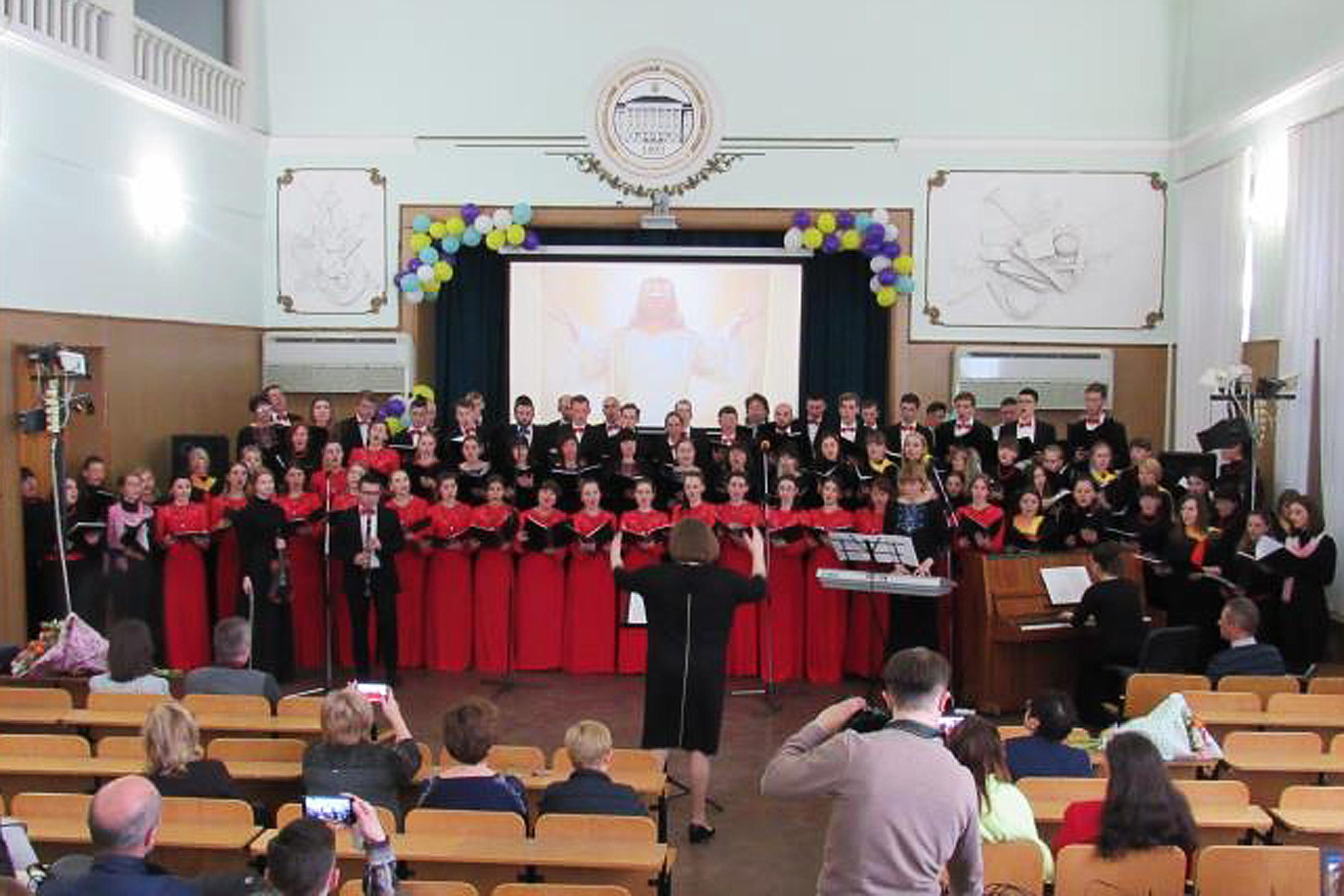 """В Мелитополе самый большой хор пел """"Аллилуйя"""""""