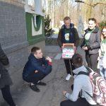 Студенти хіміко-біологічного факультету пропонували мелітопольцям обміняти цигарку на цукерку