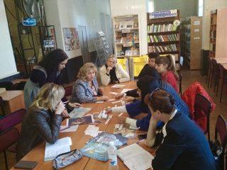 Вручення сертифікатів за освітньою програмою «Українська література: сучасні тренди в освітньому просторі»