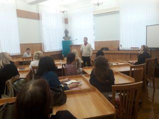 На філологічному факультеті відбулись збори трудового колективу