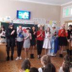 Студенти привітали учнів зі святом Святого Миколая