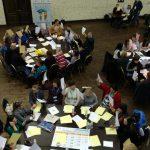 Зимова школа з медіаграмотності від IREX. Практикум «7 консультаційних станцій з експертами з розробки навчальних програм»