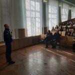 Рятувальники провели заняття зі студентами щодо мінної небезпеки